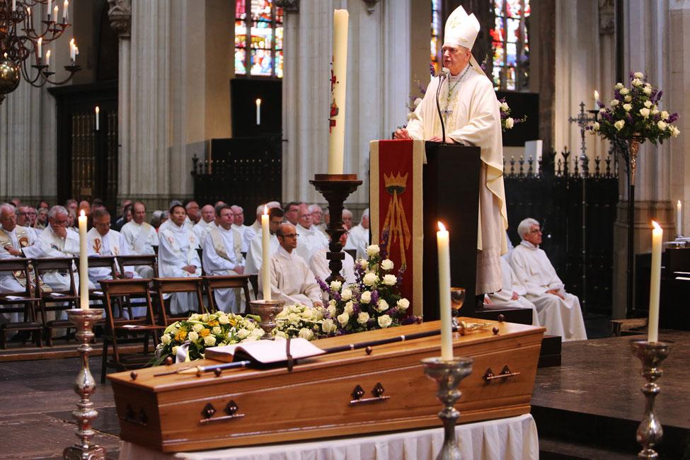 Kardinaal Danneels News: Katholiek Bommelerwaard